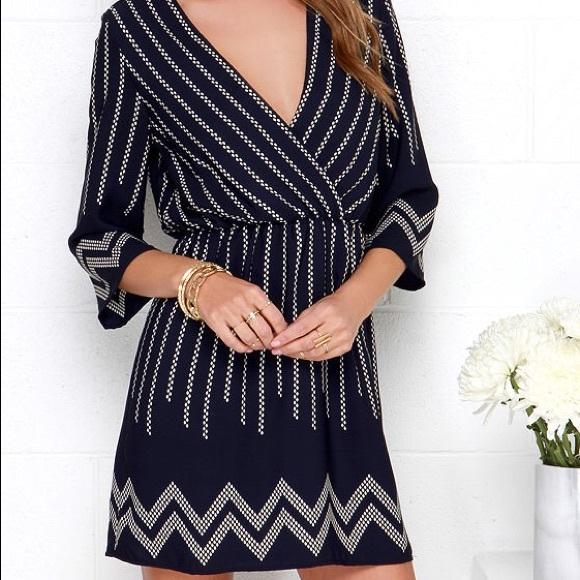 Lulu's Dresses & Skirts - Lulus Navy Blue Print Dress